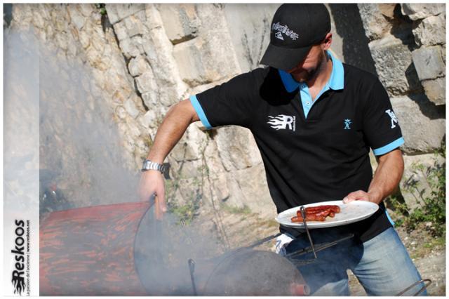 Jérôme au barbecue